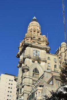MisteriosaBsAs: El Palacio Barolo Antonio Gaudi, Notre Dame, Neoclassical Architecture, Bs As, Building, Travel, Baroque, Photos, Office Buildings