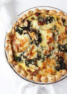 Kale Chorizo Potato Quiche | http://www.thekitchenpaper.com/kale-chorizo-potato-quiche/