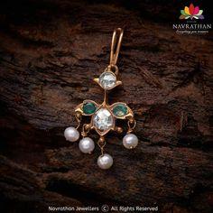 Jewelry Design Earrings, Gold Earrings Designs, Ear Jewelry, Necklace Designs, Gold Jewelry, India Jewelry, Trendy Jewelry, Jewelry Ideas, Bridal Jewelry