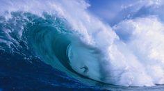 Garrett McNamara - Big wave surfer