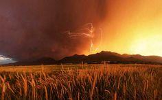 Wallowa-Valley Lightning - Oregon © Tanner Stewart