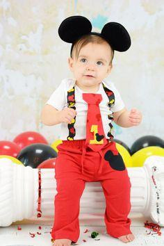 Mickey Mouse cumpleaños corbata y tirantes mono por shopantsypants