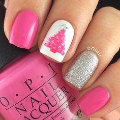 Are you looking for some cute nails desgin for this christmas but you are not sure what type of Christmas nail art to put on your nails, or how you can paint them on? These easy Christmas nail art designs will make you stand out this season. Christmas Tree Nails, Christmas Nail Art Designs, Holiday Nail Art, Xmas Nails, Diy Nails, Pink Christmas, Beautiful Christmas, Christmas Manicure, Simple Christmas