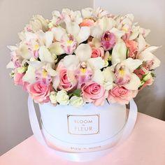 "1,000 Me gusta, 4 comentarios - ЦВЕТЫ МОСКВА , ЕКАТЕРИНБУРГ (@bloomdefleur) en Instagram: ""Love  #bloomdefleur #ekb #flowers #decor #цветыекатеринбург #доставкацветовекатеринбург…"""