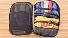 Separamos algumas dicas funcionais de como arrumar a mala e não estragar suas roupas.  continue lendo em Aprenda a melhor forma de arrumar a mala e não estragar suas roupas