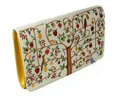 Nawa.  Tree of Life Clutch.  I want this!!!