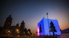 De Portada: Árbol CDMX, Disfrutando juntos el invierno 2014  Un gran regalo, un árbol de luz y deseos de todos los ciudadanos es el presente que nos obsequia la Ciudad de México en este monumental espacio donde todos habitamos y convivimos. La ciudad busca con este gran gesto no solamente festejarnos, sino también unirnos con alegría en un espacio de convivencia, color y luz.  http://www.podiomx.com/2014/12/en-portada-arbol-cdmx-disfrutando.html