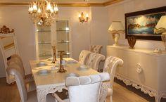 Ceviz renginin de çok ilgi gördüğü takımda müşterinin hayal ettiği tüm değişiklikler yapılabiliyor.  http://www.asortie.com/yemek-odasi-78-Oskar-Yemek-Odasi