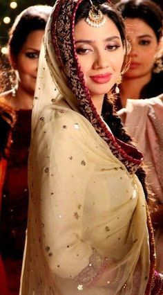 Pakistan's Fashion Model & actress.  Mahira Khan