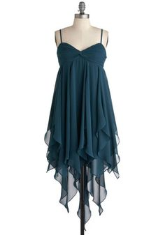 I love it! too bad it doesn't com in other colors...Deep Sea Siren Dress, #ModCloth