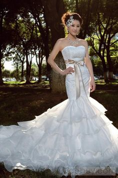 Luxurious Mermaid Strapless Empire Sashes Tiered Chapel Wedding Dress : Tidebuy.com