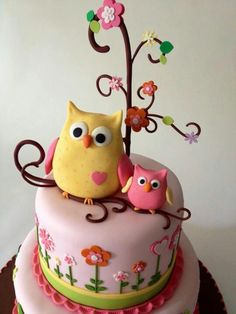 15 models of owl cakes, they are all adorable! Gorgeous Cakes, Pretty Cakes, Cute Cakes, Yummy Cakes, Amazing Cakes, Owl Cakes, Cupcake Cakes, Ladybug Cakes, Fruit Cakes
