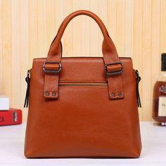 The First Layer Of Leather Handbags Korean Rivets with Leather Shoulder Bag Shoulder Messenger Bag