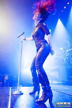 Charlotte Wessels of Delain.  She has had both classical and jazz training.