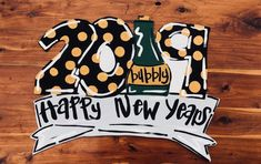 Happy New Years Door Hanger, New Years party, party decor – Wood Shop on the Bayou Happy New Year Signs, Burlap Door Hangers, New Years Party, Party Party, Custom Design, Hand Painted, Doors, Fun Things, Wreaths
