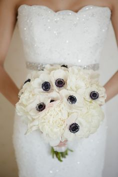 Wedding Bouquet Inspiration - Photo: Wayne and Angela - MODwedding White Wedding Bouquets, Floral Wedding, Wedding Flowers, Anemone Wedding, Anemone Bouquet, Bridal Bouquets, Mod Wedding, Dream Wedding, Wedding Thank You Messages