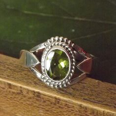 Peridot Ring Solid 925 Sterling Silver Pure Handmade by JewellryMe