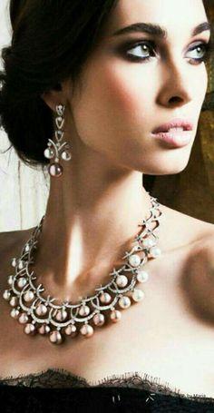 Suit Pearls- propaly Yoko London pin pinterest
