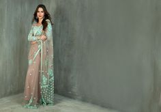 Flaunt your love for the Saree this Diwali by styling this gorgeous saree from Benzer.   Item number W15-36