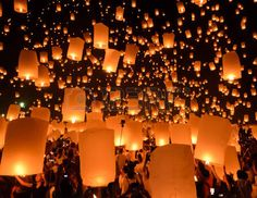Floating Lanterns Ceremony Images & Stock Pictures. 284 Royalty ...