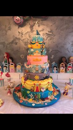Cake by Disney Cakes and Sweets Disney Princess Birthday Cakes, Disney Themed Cakes, Disney Birthday, Princess Party, 4th Birthday, Disney Wedding Cakes, Princess Theme Cake, Cinderella Wedding, Pretty Cakes