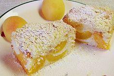 Marillen (Aprikosen) - Rahmkuchen mit feinen Streuseln, ein schönes Rezept aus der Kategorie Kuchen. Bewertungen: 70. Durchschnitt: Ø 4,4. No Bake Cake, French Toast, Bakery, Food And Drink, Sweets, Breakfast, Baking Cakes, Sweet Stuff, Pastries