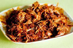 Pulled pork ou porc effiloché sur le blog la godiche Pulled Pork Recipes, Meat Lovers, Food Truck, Nom Nom, Bbq, Food And Drink, Totalement, Cooking Recipes, Menu