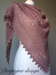 Ravelry: Despojna pattern by Petra ŠkorjancDespojna crochet project by Despojna designUpload your finished crochet projects, keep track of current projects and seek support from other community members from around the world! Crochet Shawls And Wraps, Knitted Shawls, Crochet Scarves, Crochet Yarn, Crochet Hooks, Lace Knitting, Knitting Patterns, Crochet Patterns, Knit Lace