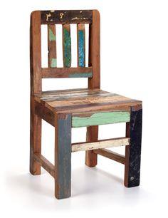 Kinderstoeltje van sloophout uit India. Het hout komt uit Haveli's, oude houten huizen die gesloopt worden | WAAR