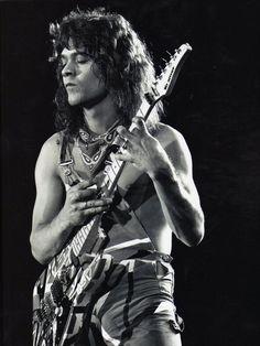 8X10 PUBLICITY PHOTO EDDIE VAN HALEN LEGENDARY ROCK GUITARIST FB-038