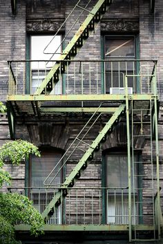 Green fire escape… #NewYork