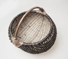 Willow basket by Staffan Låke