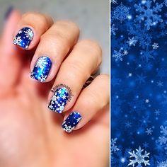 Snowflakes ❄️ #nailart #nailartdesign #nailpolishaddict #nailpolish #snowflakes #snowflakenails #snowflakeart #winter #snow #christmas #comingsoon #christmasnails #christmasdesign #december2016 #whereisthesnow #fallingsnowflakes #bluenailart #royalblue #marksandspencer #christmasstamping #opitopcoat #allaboutnailsofficial #missmoonnailart #nails2inspire #bornpretty #bornprettystore #bornprettybp01 #xmas #xmasnailart #whatsupnails