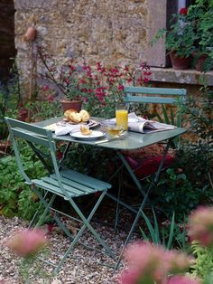 Garden Retreats: Peaceful Outdoor Sanctuaries We Love - French Garden Furniture. French Garden Ideas, Courtyard, Vintage, Country, French Vintage 🙂 Source by vesnabrakus -