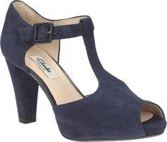 Kendra Flower sandallet fra Clarks – Køb online på Magasin.dk - Magasin Onlineshop - Køb dine varer og gaver online