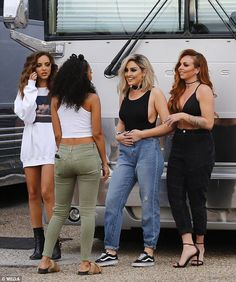 Little Mix's Jesy Nelson wears skimpy sports bra in New Orleans Little Mix 2017, Little Mix Style, Jesy Nelson, Perrie Edwards, Little Mix Jesy, Litte Mix, Red Taylor, Mixed Girls, Girl Bands