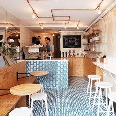 Small cafe decor ideas awesome cafe restaurant interior design ideas contemporary warm very small cafe design . Coffee Shop Counter, Coffee Shop Bar, Coffee Store, Coffee Coffee, Coffee Creamer, Starbucks Coffee, Coffee Menu, Coffee Poster, Coffee Drinks