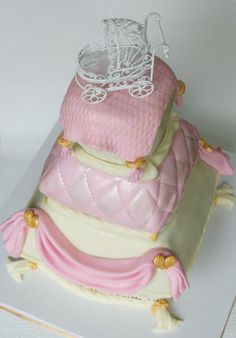 top view of stacked pillow cake by Mili's Sweets and The Caker Baker