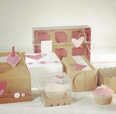 In this section you can buy cupcake boxes, macaroon boxes, cake boxes,cake pop boxes and pastry and cake Cupcake Packaging, Craft Packaging, Cute Packaging, Cake Pop Boxes, Cupcake Boxes, Cupcake Ideas, Cupcake Display Stand, Mom Cake, Cupcake Shops