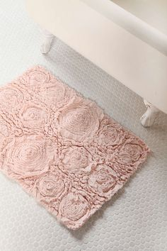 Bed Of Roses Bath Mat - Urban Outfitters