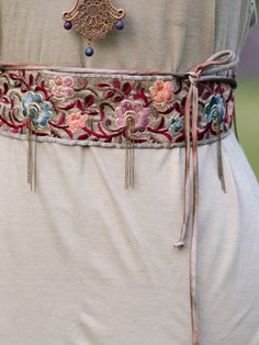Boho Silver Grey Multicolor Embroidered Silk Boho Belt with Chain and Beading - The Flora Belt Embroidery On Clothes, Floral Embroidery, Beaded Embroidery, Mexican Costume, Two Hearts, Embroidered Silk, Boho, Brass Chain, Leather Jewelry