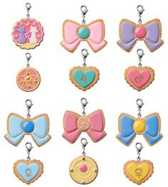 MegaHouse-Charm-Patisserie-Sailor-Moon-Cookie-Charm-6Pack-BOX
