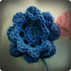 crochet flower tutorial pattern
