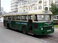 bus parisien - Résultats Yahoo Search Results de la recherche d'images Mode Of Transport, Public Transport, Cars 1, Good Old Times, Bus Coach, Bus Station, Trucks, Busses, Old World Charm