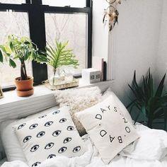 WANT: No bad days // Magical Thinking pillow love