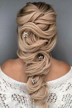 Wedding Hairstyles and Updos #weddings #hairstyles #fashion #weddingideas #weddinghairstyles