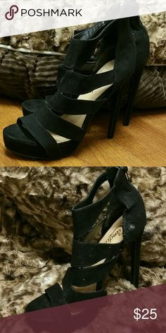 Candie's heels Only worn a few times....has small scuff on the enter right shoe, not noticeable. Zip up back. candie's  Shoes Heels