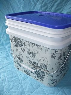 Cheap Homemade Storage Bins - This detergent bin is covered in contact paper. I would prob only use these in inconspicuous places like under the sink or in a drawer but still a good idea. Could also use gallon ice cream containers or cream puff containers from Sam's. There are so many possibilities.