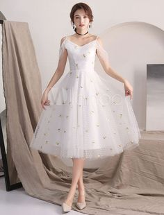 Party Clothes Ideas – Homecoming Dresses Ivory Flowers Straps Tea Length Cocktail Party Dress… Source by catalinagonz Trendy Dresses, Club Dresses, Sexy Dresses, Beautiful Dresses, Evening Dresses, Short Dresses, Fashion Dresses, Long Skirts, Club Outfits