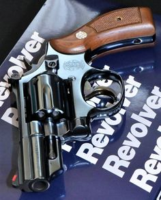 Smith And Wesson Revolvers, Smith N Wesson, Zombie Weapons, Fire Powers, Custom Guns, Military Weapons, Survival Tools, Firearms, Shotguns
